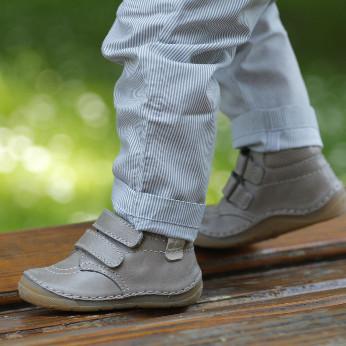 Schuhe für Kinder aus Leder